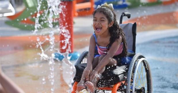 Zó ziet 's werelds eerste waterpark voor mensen met een handicap er uit afbeelding nieuwsbericht