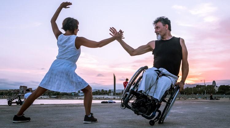 """""""Dansen houdt niet op als je in rolstoel zit"""" afbeelding nieuwsbericht"""