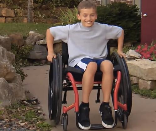 NASA ingenieur Salim Nasser (39, hoge dwarslaesie) ontwikkelde een revolutionaire rolstoel afbeelding nieuwsbericht