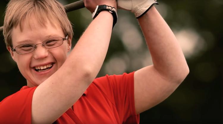 Krijg net als Susie (syndroom van Down) plezier in golf! afbeelding nieuwsbericht
