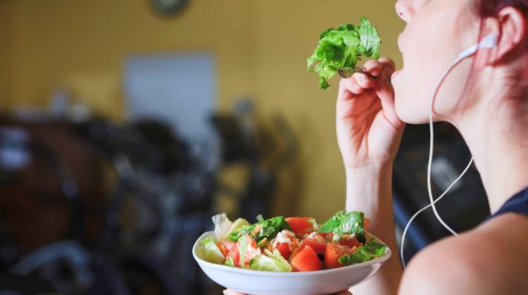 Wat je kunt leren over voeding van paralympisch Alpine skiester Anna Jochemsen afbeelding nieuwsbericht