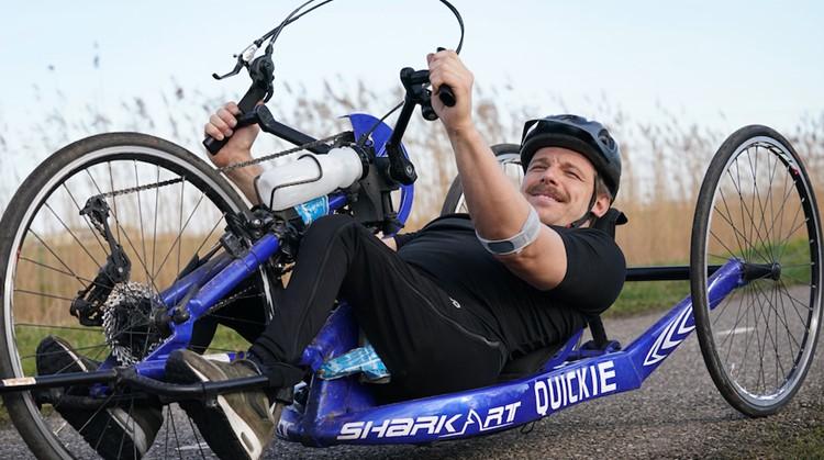 """""""Ik had de handbike eerder moeten proberen"""" afbeelding nieuwsbericht"""
