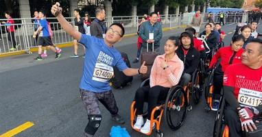 Afbeelding Gu rijdt voor derde keer rolstoelmarathon