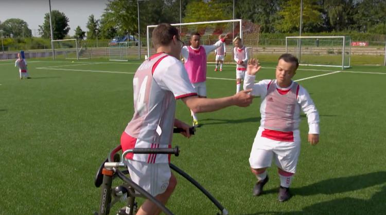TV-tip: FC De Helden! afbeelding nieuwsbericht