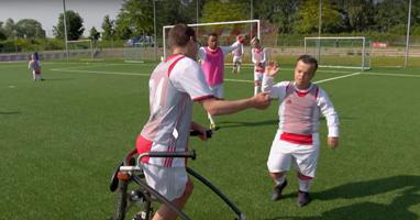 Afbeelding TV-tip: FC De Helden!