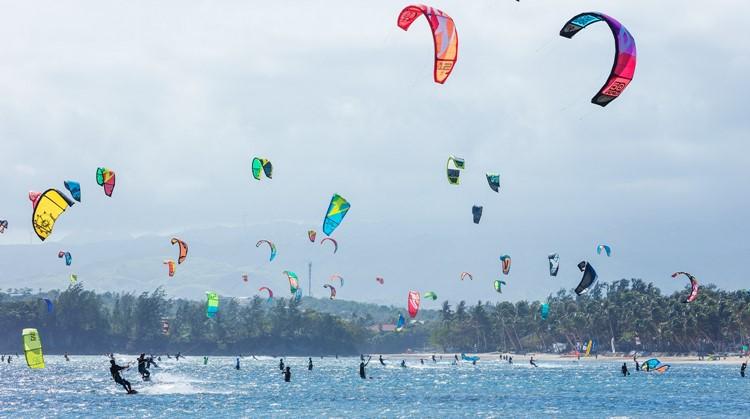 Voel de kracht van de wind op het water met kitesurfen! afbeelding nieuwsbericht