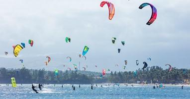 Afbeelding Voel de kracht van de wind op het water met kitesurfen!
