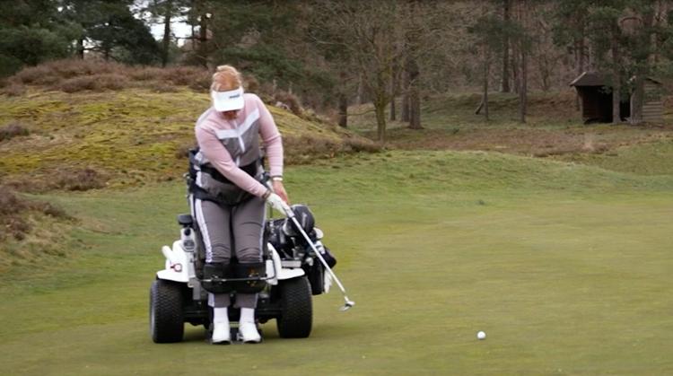 Monique Kalkman werd gelijk verliefd op golf afbeelding nieuwsbericht