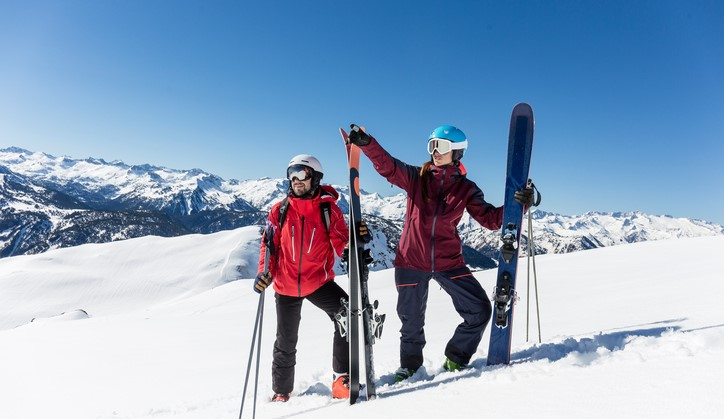 Ook als je blind of slechtziend bent ga je gewoon skiënd de piste af afbeelding nieuwsbericht