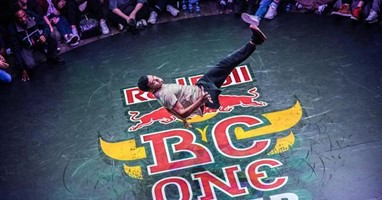 Afbeelding Stoer: breakdancer Samuka heeft één been