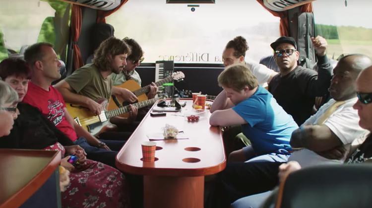 Kijktip: docu 'Wimpie & de Domino's on tour' afbeelding nieuwsbericht