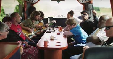 Afbeelding Kijktip: docu 'Wimpie & de Domino's on tour'