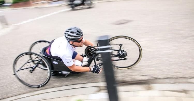 """""""Door handbiken weer vertrouwen in mijn lichaam"""" afbeelding nieuwsbericht"""