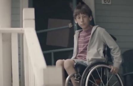 Waarom zou een kind in een rolstoel aan de zijlijn blijven zitten? afbeelding nieuwsbericht