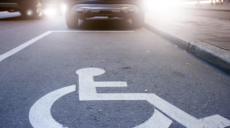 9 dingen die kunnen gebeuren als je op een invalidenparkeerplek gaat staan afbeelding nieuwsbericht