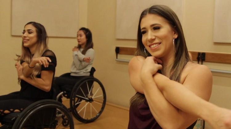 Prachtig: Chelsie richtte haar eigen rolstoeldansteam op nadat ze een halve dwarslaesie opliep afbeelding nieuwsbericht
