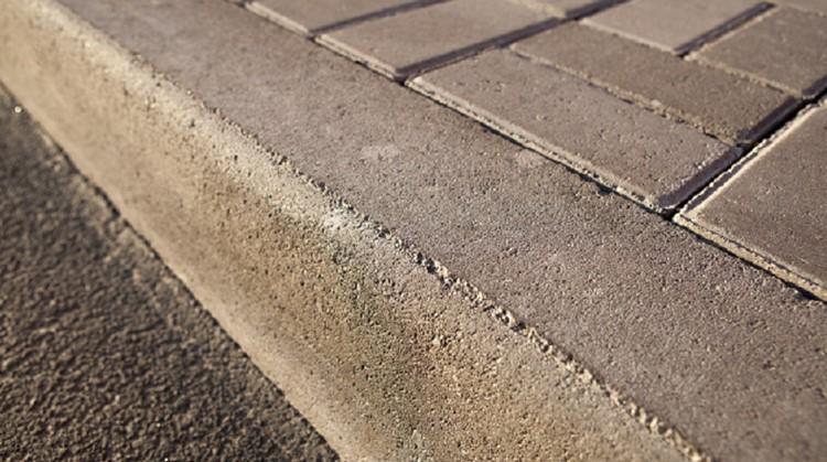 Lekker ouderwets stoepranden vanuit je rolstoel! afbeelding nieuwsbericht