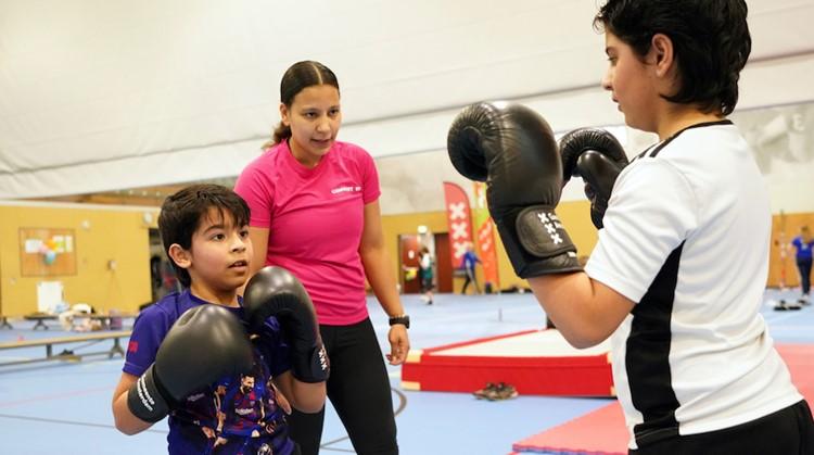 """""""Kickboksen geeft kinderen meer zelfvertrouwen"""" afbeelding nieuwsbericht"""