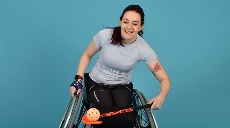 """""""Door rolstoelhockey besef ik wat ik kan"""" afbeelding nieuwsbericht"""