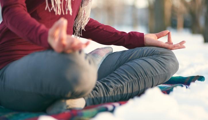 Hoe meditatie je dus wél kan helpen omgaan met fysieke pijn afbeelding nieuwsbericht
