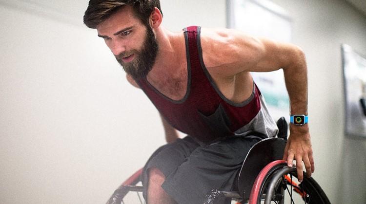 Met dit horloge kun je je rolstoelslagen meten! afbeelding nieuwsbericht