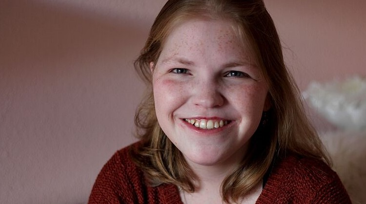 Vivian (23, meervoudig beperkt) twijfelt: zal ze wel of niet zelfstandig gaan wonen? afbeelding nieuwsbericht