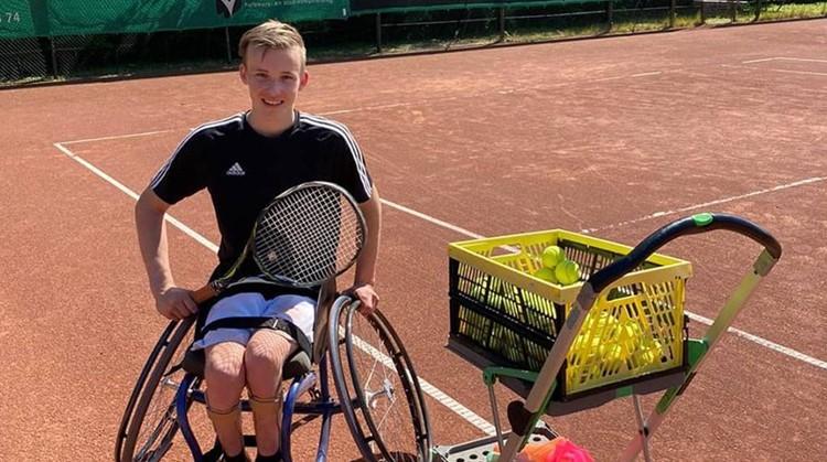 Maarten is zelfstandiger geworden door tennis afbeelding nieuwsbericht