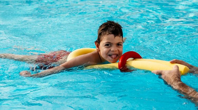 Deel je mening over zwemles met een beperking afbeelding nieuwsbericht