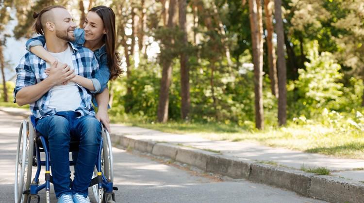Hoe je de natuur in kunt trekken met je rolstoel afbeelding nieuwsbericht