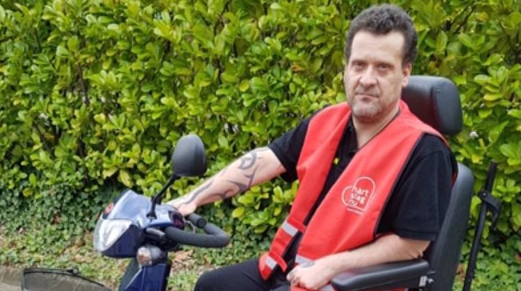 Nick redt mensenlevens vanuit zijn scootmobiel afbeelding nieuwsbericht