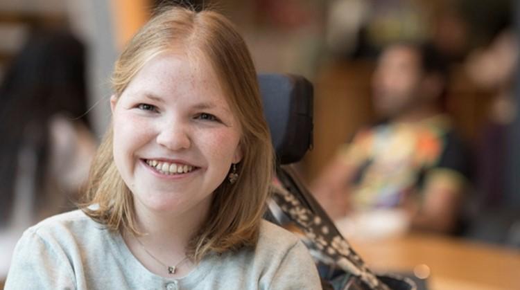 Vivian (23, meervoudig beperkt) kijkt met trots terug op haar stages in het onderwijs afbeelding nieuwsbericht