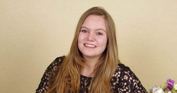 """Deborah (16) heeft reuma: """"Tijdens het zwemmen voel ik me vrij"""" afbeelding nieuwsbericht"""