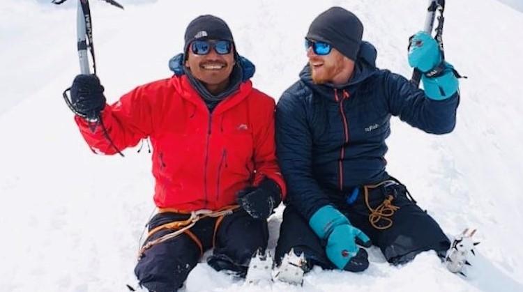 De Mount Everest beklimmen met twee protheses afbeelding nieuwsbericht