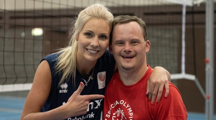 Harm daagde volleybalster Laura Dijkema uit afbeelding nieuwsbericht