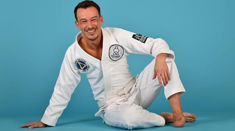 Rob merkt zijn beperking niet bij jiu-jitsu afbeelding nieuwsbericht