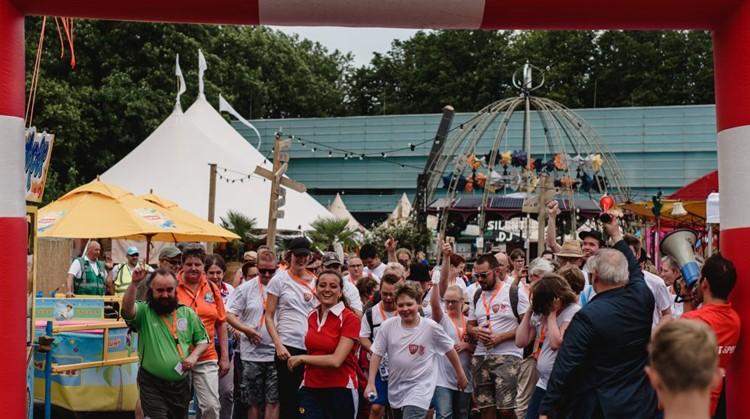 Uniek Wandelen 5 kilometer tijdens Vierdaagsefeesten Nijmegen afbeelding nieuwsbericht