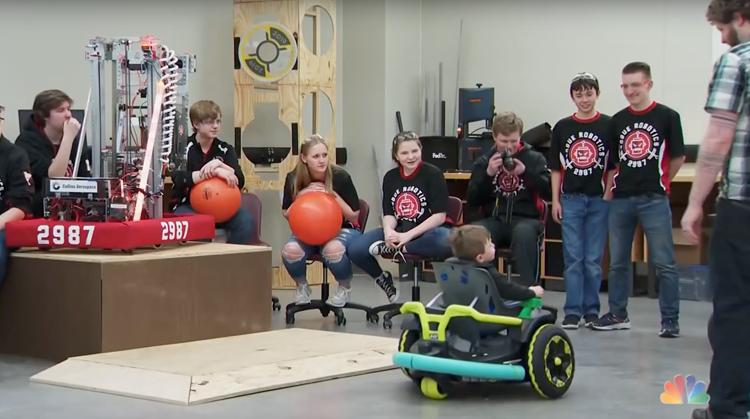 Robotteam maakt rolstoel voor peuter afbeelding nieuwsbericht
