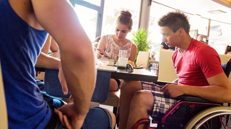 'Bedankt ober, die ons serveerde alsof we geen apart clubbie waren' afbeelding nieuwsbericht