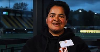 Afbeelding Natascha koos voor rolstoeltennis: 'tennis vond ik leuk en ik kon het niet op krukken'