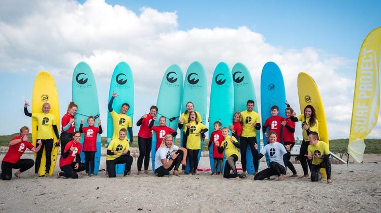 Surfen met een beperking is erg cool! afbeelding nieuwsbericht