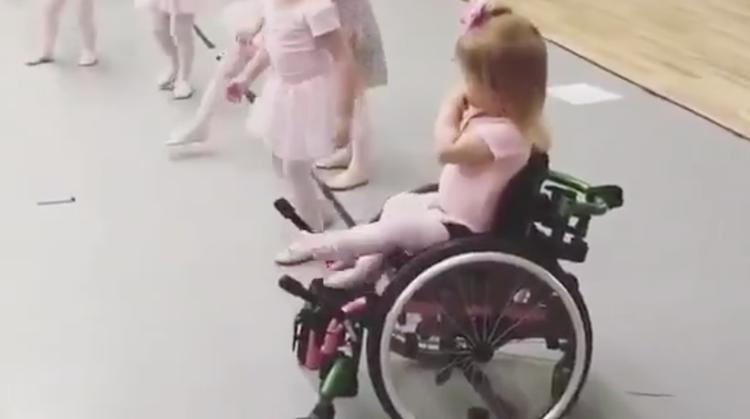 Dit balletmeisje laat zien wat meedoen is afbeelding nieuwsbericht
