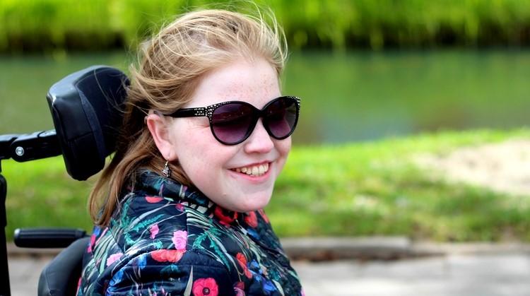 Vivian (23, meervoudig beperkt) wil meer ondertiteling bij online video's afbeelding nieuwsbericht
