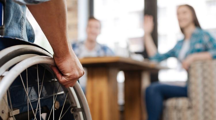 Hier kun je met je rolstoel het terras op! afbeelding nieuwsbericht