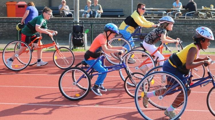 Bij AV Fortius in Dordrecht kreeg RaceRunning een warm welkom afbeelding nieuwsbericht