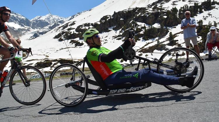 Alessandro kon op de handbike weer zweten afbeelding nieuwsbericht