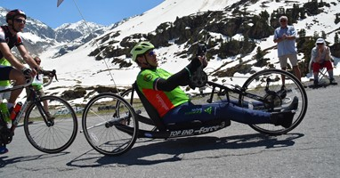 Afbeelding Alessandro kon op de handbike weer zweten