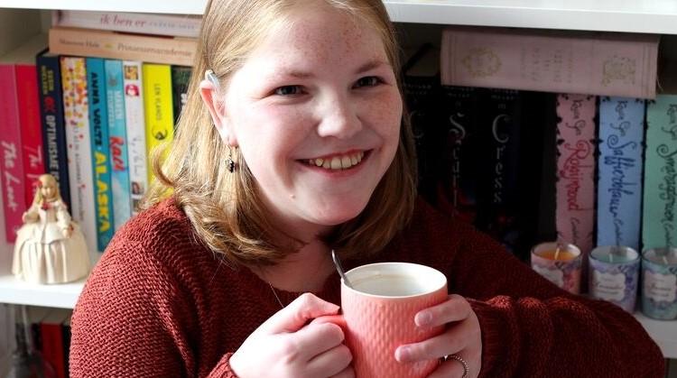 Vivian (23, meervoudig beperkt) heeft last van overprikkeling en extreme moeheid afbeelding nieuwsbericht