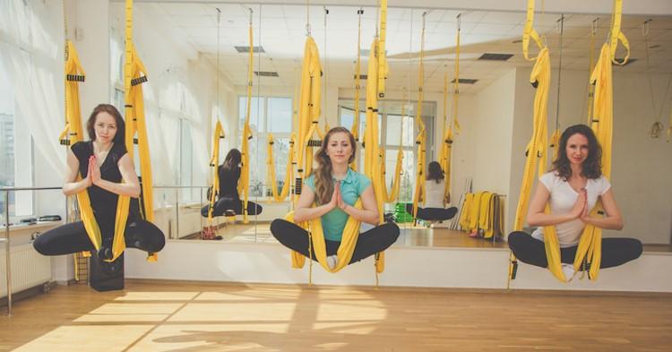 Met aerial yoga voel je nauwelijks dat je een lichamelijke beperking hebt! afbeelding nieuwsbericht