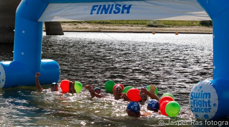 Uniek Sporten regio Nijmegen en Swim to Fight Cancer Nijmegen slaan de handen ineen. afbeelding nieuwsbericht