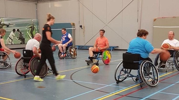 10 juni rolstoelbasketbal op de Goudse Markt in Gouda afbeelding nieuwsbericht